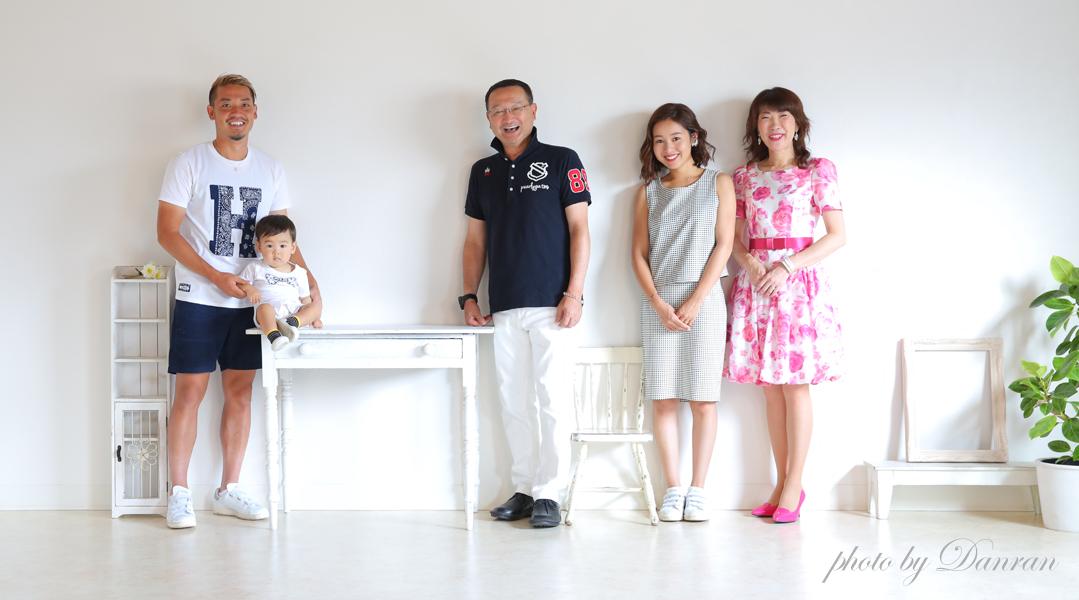 下関市 写真スタジオ 1歳 記念写真 家族写真