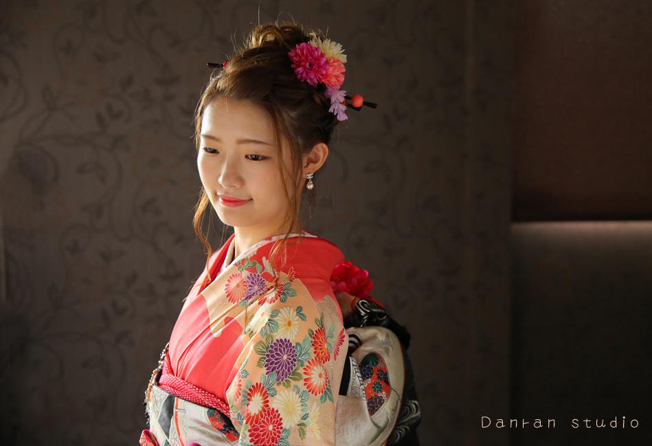 下関市で成人式の振袖の貸衣装やお写真なら人気の写真館だんらんスタジオへ