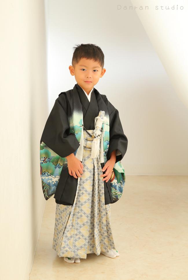 山口県下関市で、七五三の着物レンタルや写真なら人気の写真館だんらんスタジオ