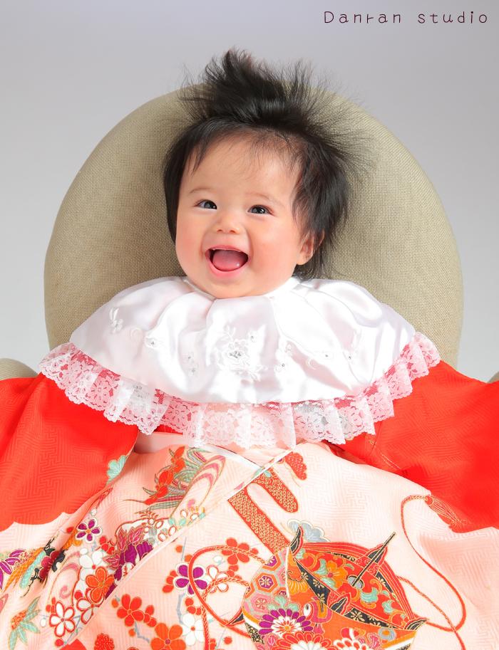 山口県下関市のお宮参り、百日祝い、ハーフバースデー、ファーストバースデーなど、赤ちゃん写真ならだんらんスタジオへ
