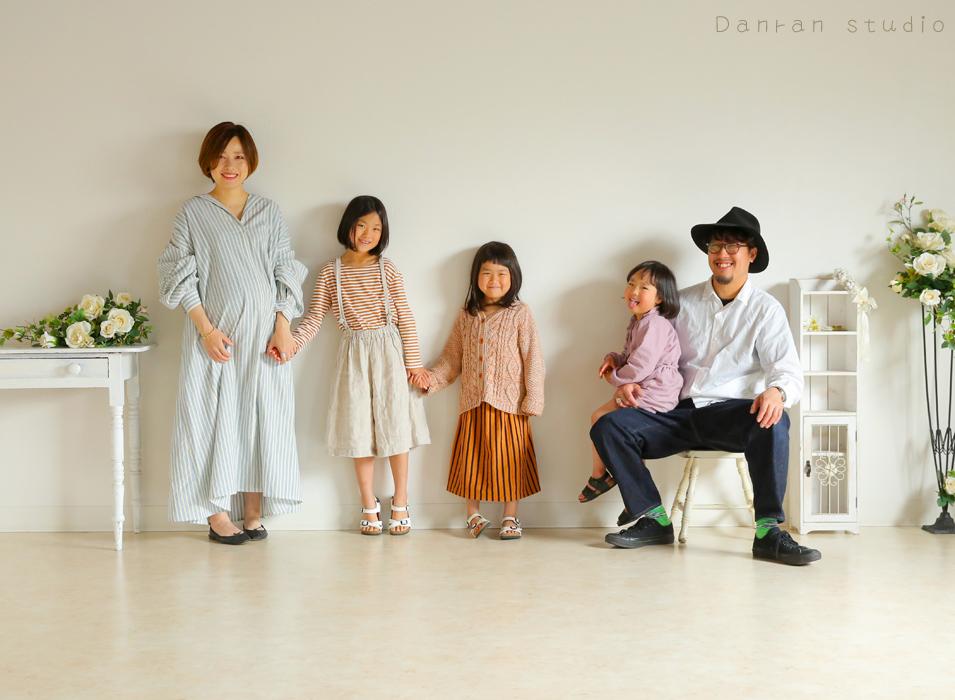 山口県下関市の写真館で家族写真