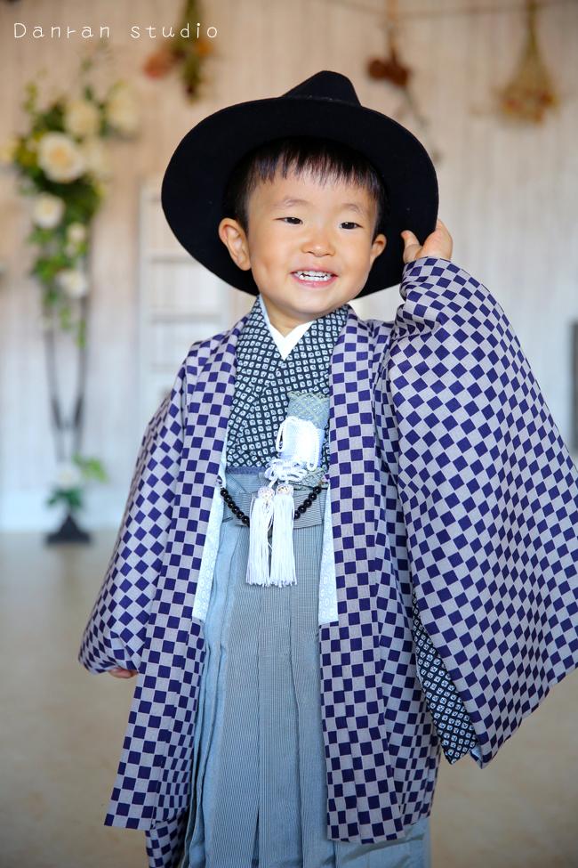 男の子の七五三は3歳と5歳神社にお参りの貸衣装と記念写真はだんらんスタジオ