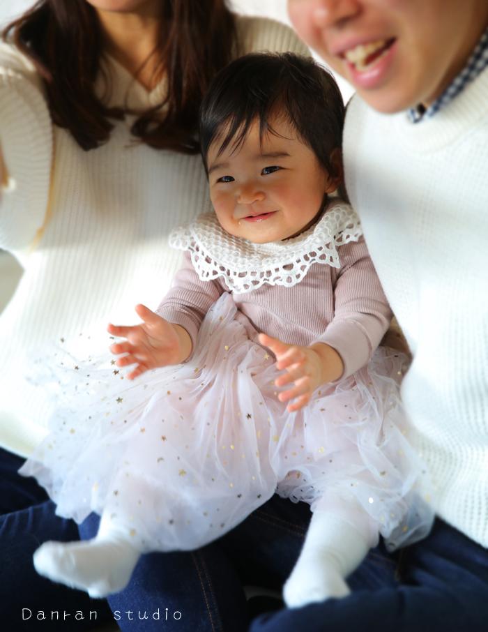 山口県・下関市・山口市・宇部市・山陽小野田市・北九州市で、1歳の初誕生日のお祝いにはかわいい写真が撮れる写真スタジオへ