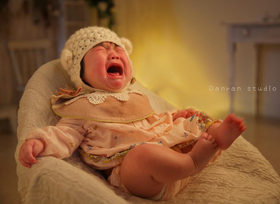 山口県・下関市・山口市・宇部市・山陽小野田市・福岡県・北九州市で、お宮参り・百日祝い・ニューボーンなど、赤ちゃん写真(ベビーフォト)を撮影するカメラマン